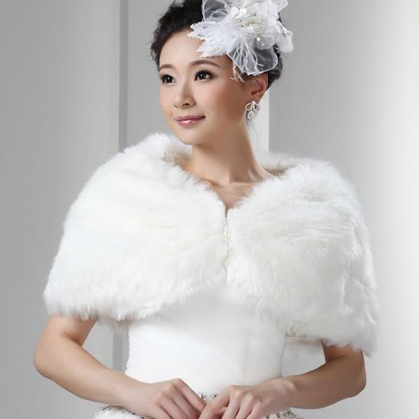 White Artificial Fur Wrap Bridal Faux Cape For Weddings