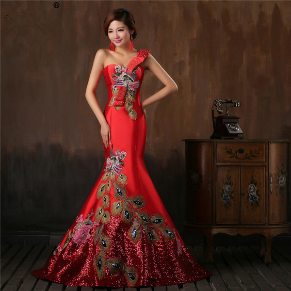China Chic Red Satin Women Formal Dress With Peacock Pattern One Strap Sequin Hemline Mermaid Evening Gown Custom Made